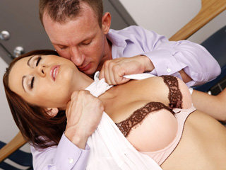 Mature ldies executive for contact